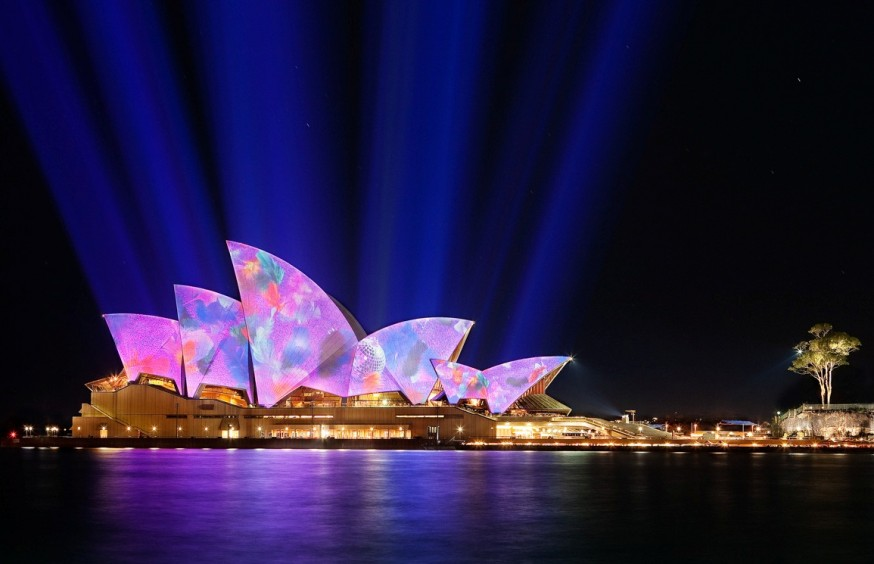 Lighting-the-sails-of-the-Sydney-Opera-House-in-the-annual-Vivid-Sydney-a-festival-of-light-music-and-ideas